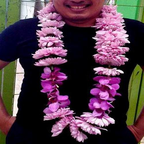 bunga kalung karangan bunga makassar
